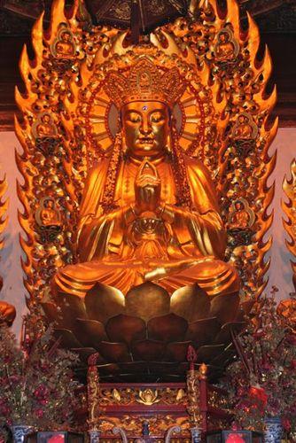 Golden Buddha_Longhua Temple_Shanghai