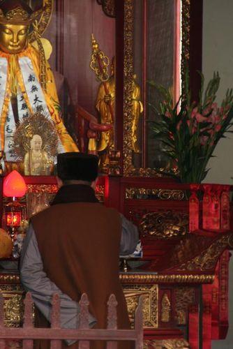 Monk Praying_Longhua Temple_Shanghai