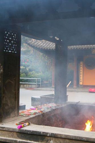 Incense 2_Longhua Temple_Shanghai